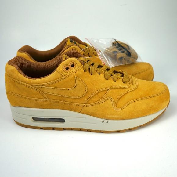 b7c0d37a48d9 Nike Air Max 1 Premium Shoes Wheat 875844-701 Sz 9
